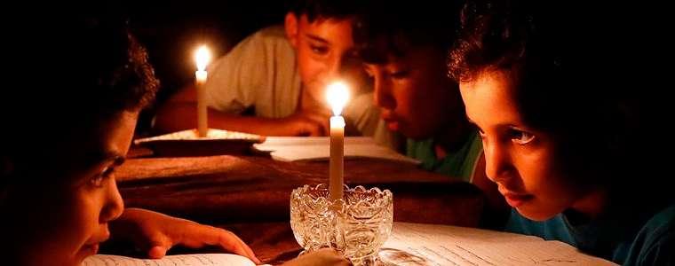 Israel kurangi pasok, listrik hanya nyala empat jam kurang di Gaza