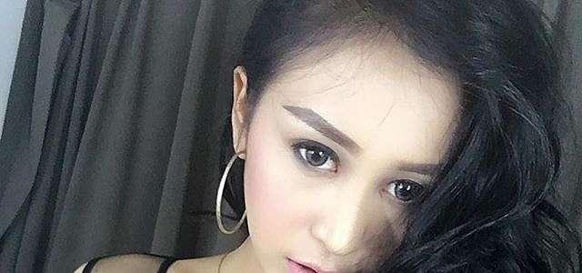 Josie Putri Foto Selfie Bikin Gagal Fokus Terbaru